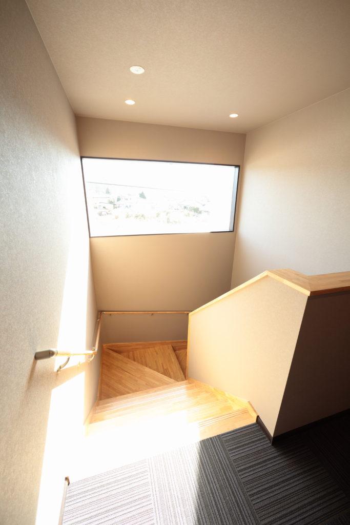 広い階段スペース